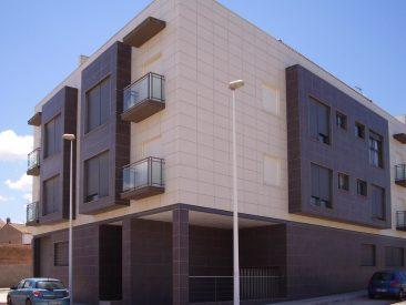 Edificio de 24 viviendas en Cheste