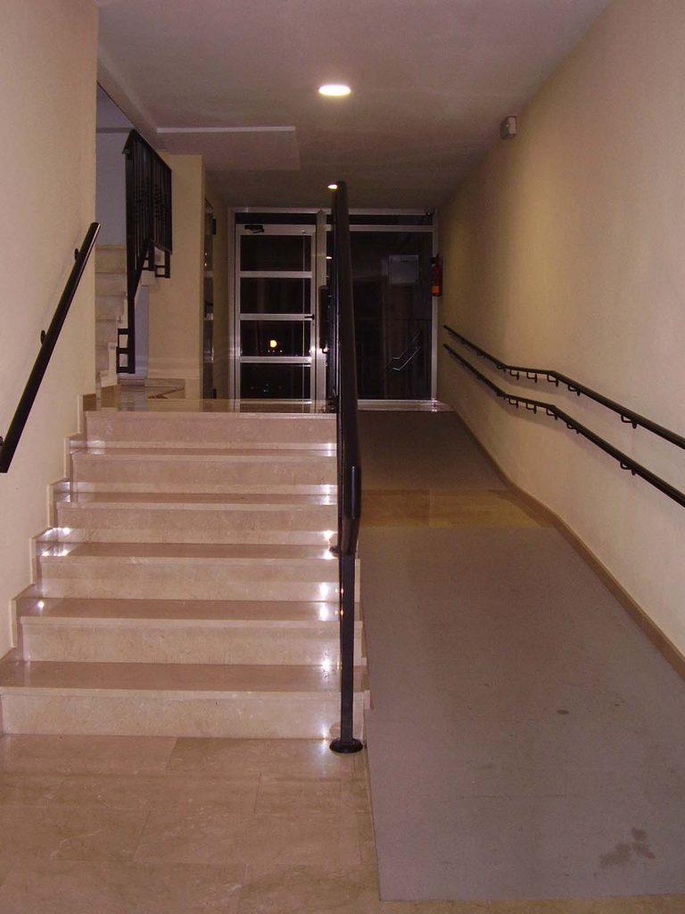 Eliminacion de barreras arquitectonicas en La Pobla de Farnals rampa accesible